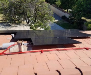 Solar panel installation in Ventura County
