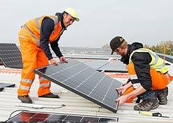 residential-Solar-panel-installation-in-Kern-County